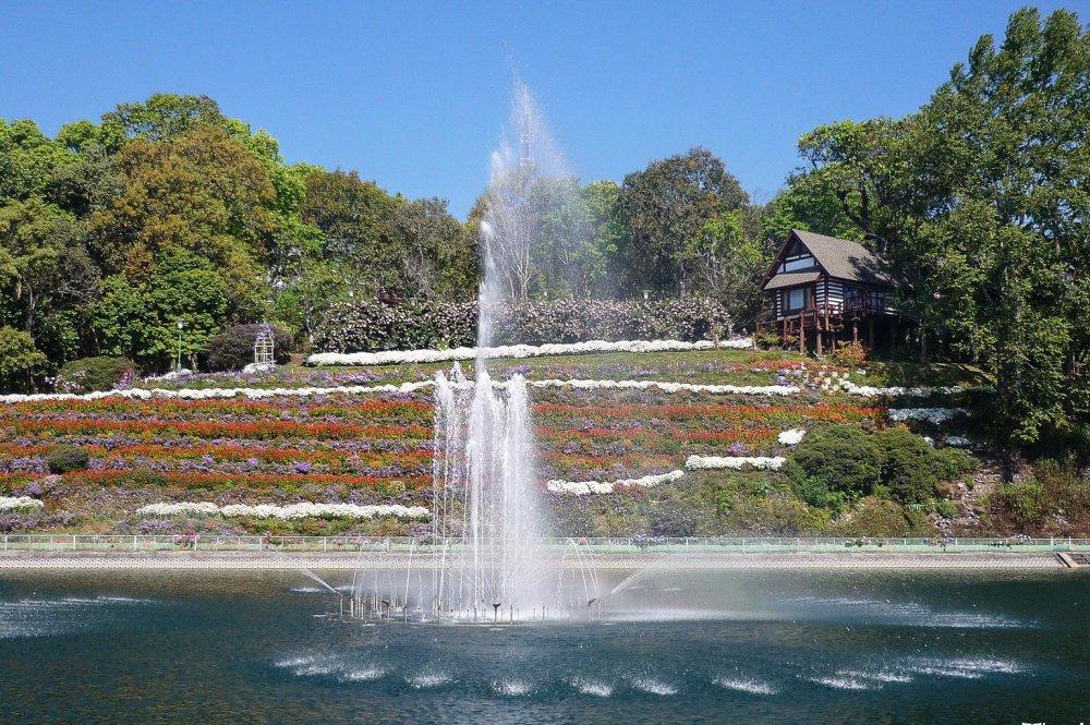 Bhuping Palace Chiang Mai-22-X3 (2).jpg