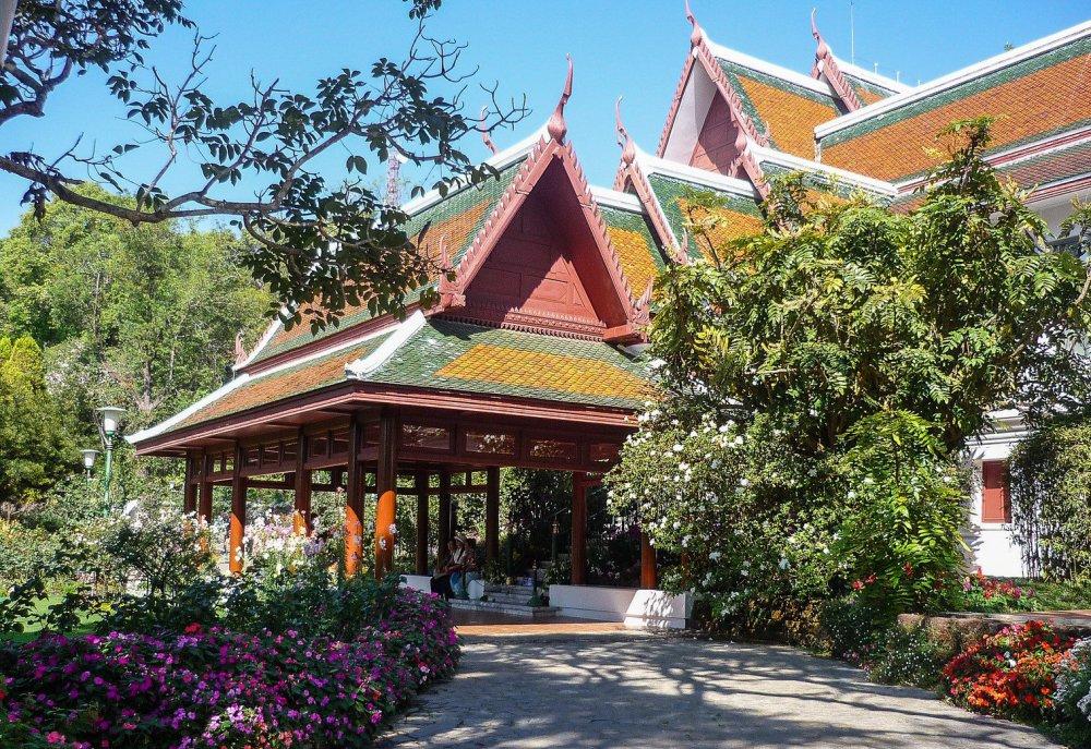 Bhuping Palace Chiang Mai-17-X3 (2).jpg